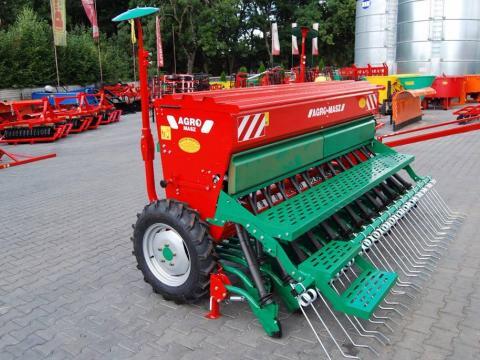 agro-masz-siewnik-zbozowy-3m-g,f2f4f972.jpg